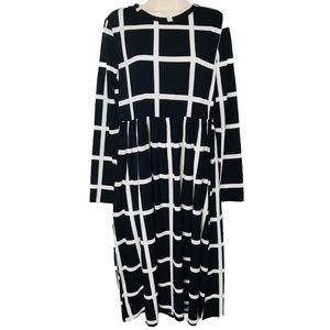 SHEIN Black & White Check Dress EUC